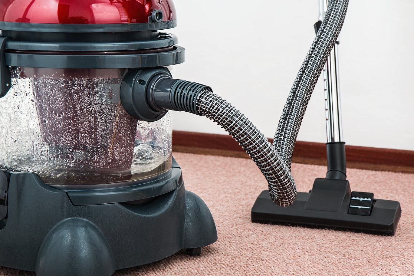 Carpet Cleaning Crash Course: How Often Should I Clean It?