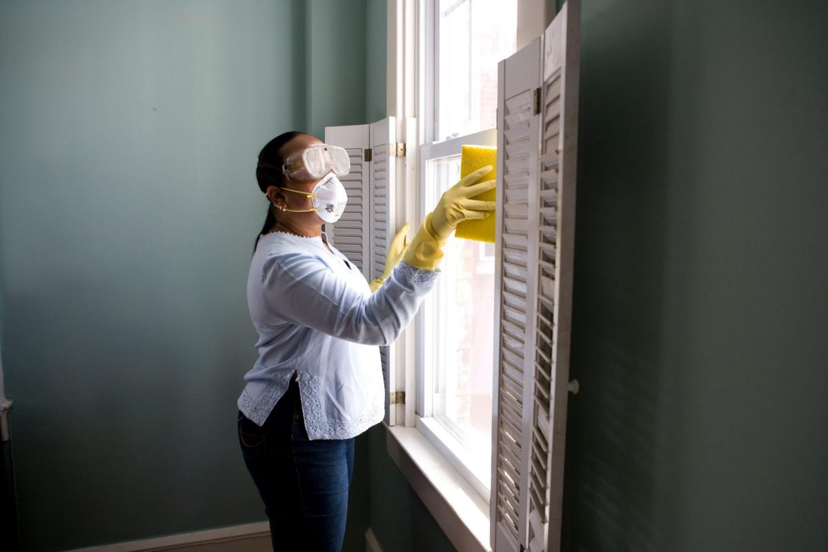 Read more about the article Why You Need The Professionals For Bond Cleaning